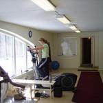 Vår föreståndare Ann i träningstagen